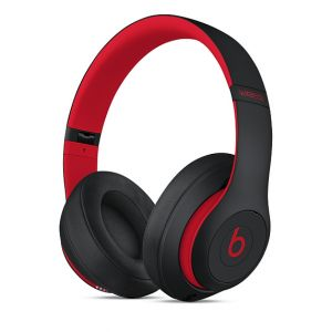 APPLE - Beats Studio3 Wireless Over-Ear Headphones - The Beats Decade Collection - Defiant Black-Red